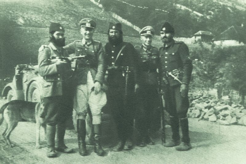 serbian-chetniks-with-nazi-germans-jablanica-1942